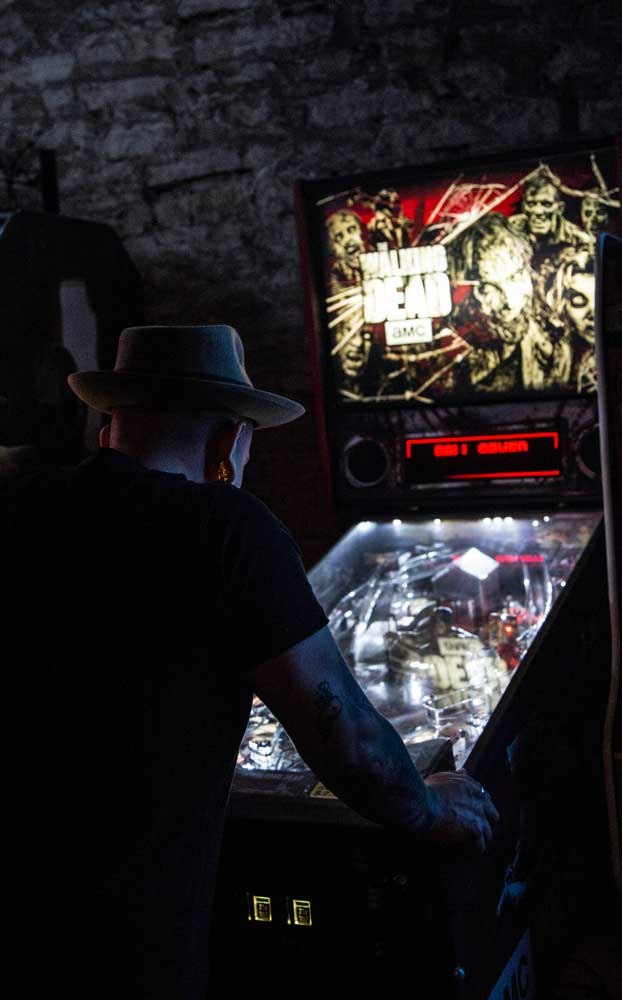 Bar Partners - Walking Dead Pinball