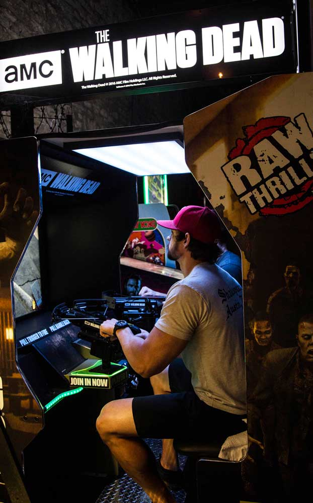 Bar Partners - Raw Thrills Game